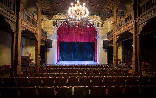 Vilniaus Universiteto Teatro salė